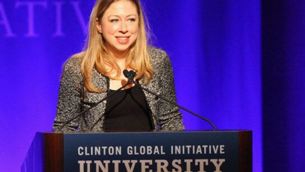Video: Chelsea Clinton espera su primer hijo