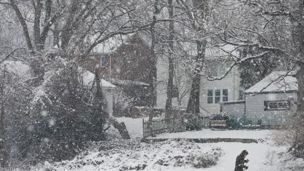 Video: Nieve y hielo amenazan a EEUU