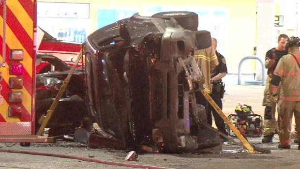 Mujer de Houston se pasa semáforo y provoca dos muertes