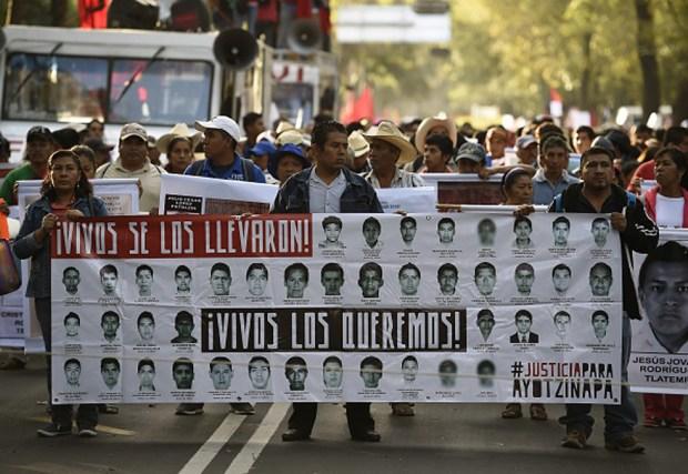 Video: Cae sospechoso de desaparición de los 43