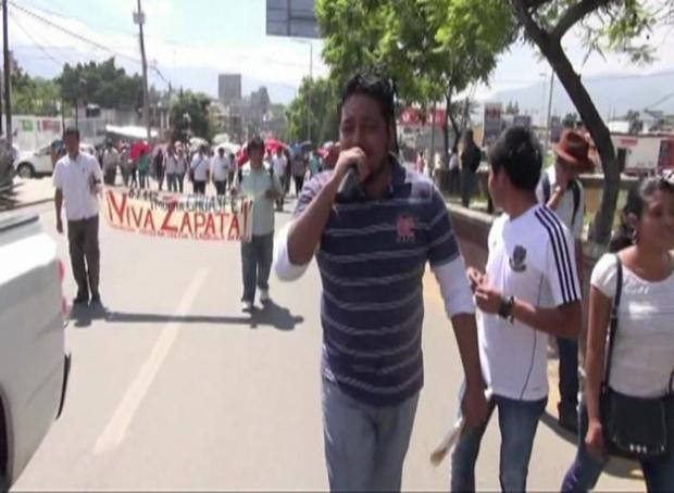 Oaxaca toma control de sistema educativo local