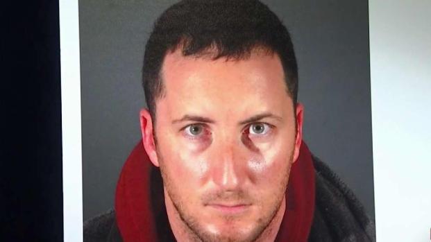 [TLMD - LA] Arrestan a hombre acusado de robos a casas de celebridades