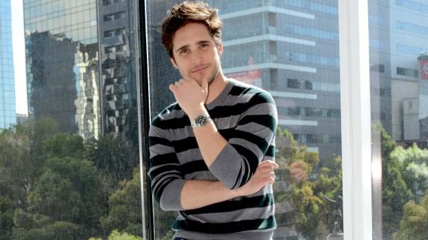 Diego Boneta revela los retos de interpretar a Luis Miguel