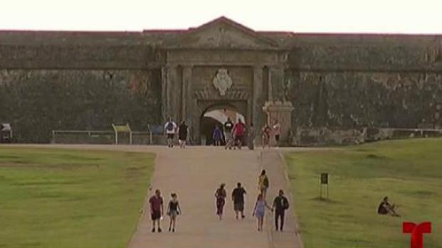Cierre de gobierno federal afecta importantes atracciones turísticas