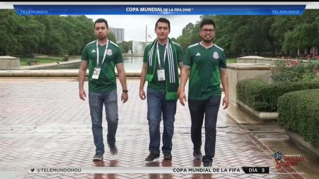 Amigos viajan a Rusia para apoyar al equipo de México