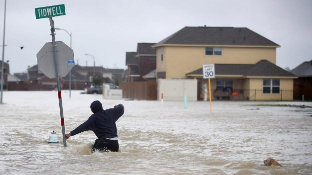 Abiertas votaciones para bono contra inundaciones