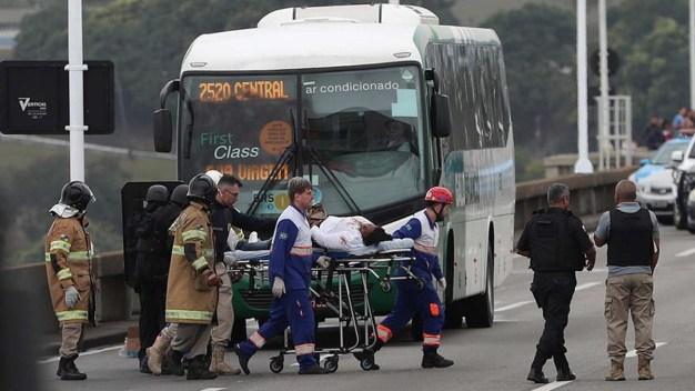 Sangriento final del secuestro de autobús con rehenes