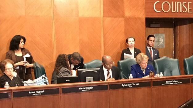 Concejo aprueba reformas para prevenir inundaciones