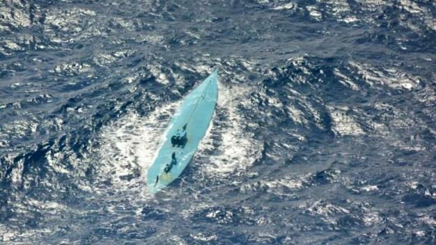 Interceptan barco con 3,800 libras de cocaína