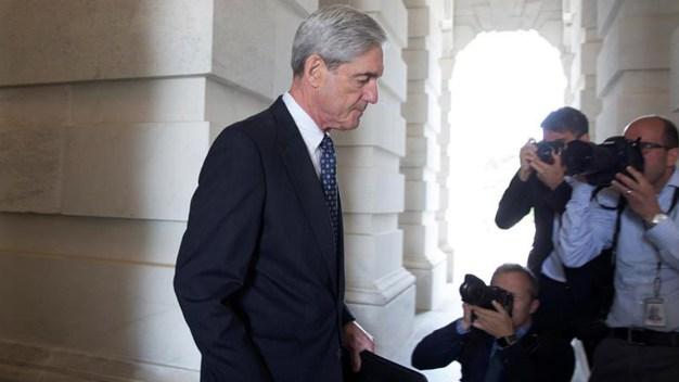 Trama rusa: acusan al FBI de obtener emails ilegalmente