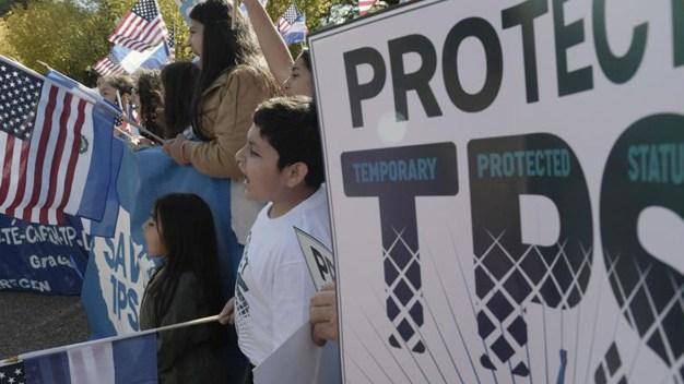 TPS está en peligro, pero hay opciones: abogada