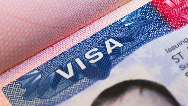 USCIS cambia formulario de popular visa para EEUU