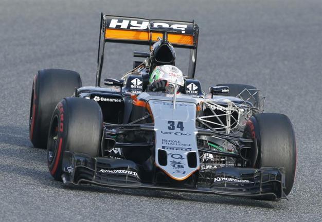 Mexicano debuta en Fórmula Uno en Sochi
