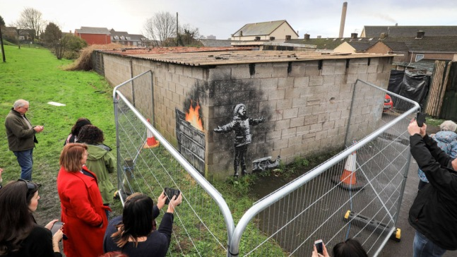 ¿Quién pagó 129,000 por un graffiti en un garaje?