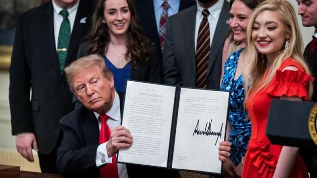 Trump decreta protecciones para jóvenes conservadores