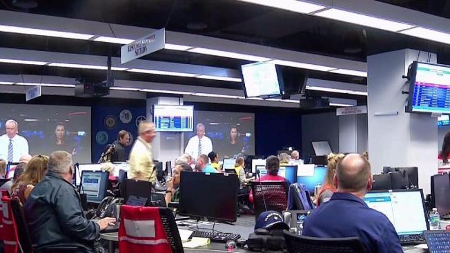 Abren nuevos centros de ayuda de FEMA