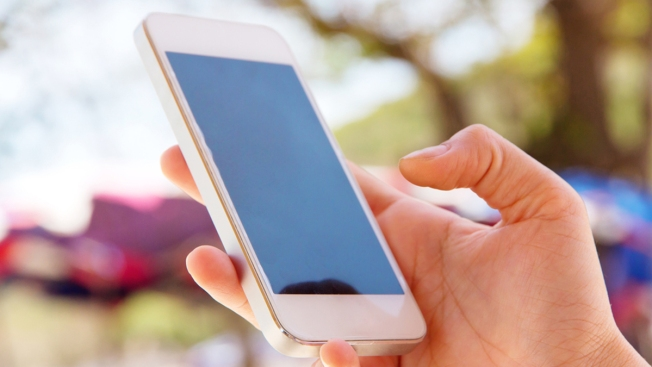 """Escándalo de """"sexting"""" entre alumnos de secundaria"""