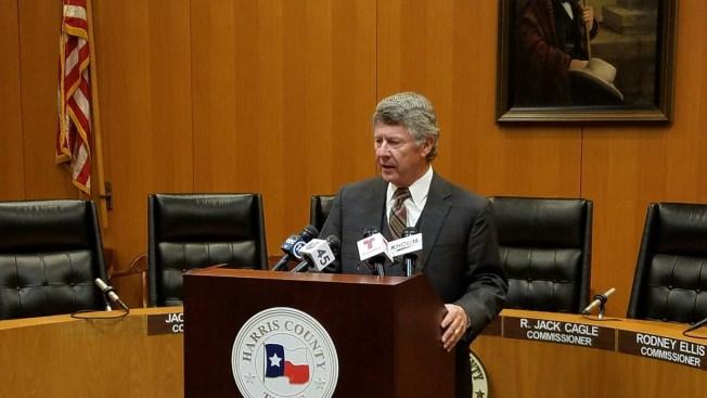 Emmett propone construir 3ra represa en área de Houston