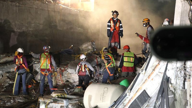 A una semana, hay 333 muertos por el terremoto
