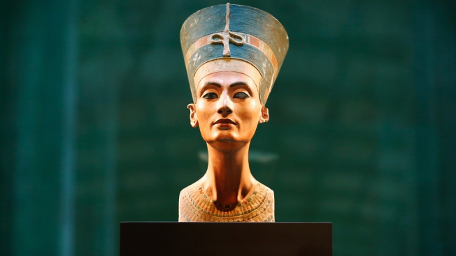 Afirman haber hallado a madre de Tutankamón