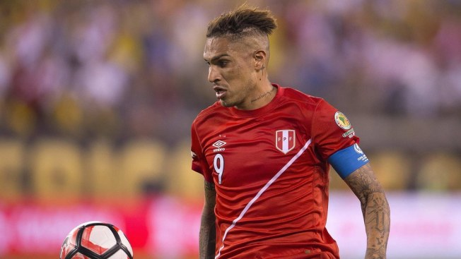 Guerrero vuelve con la selección de Perú