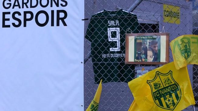 Rinden homenaje a Sala, FC Nantes retira el número 9