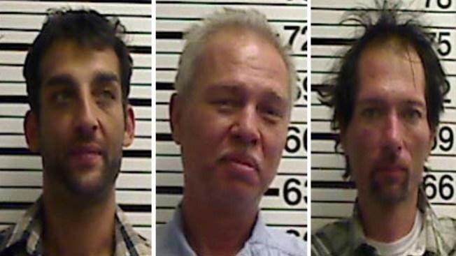 3 arrestos por intento de robo a anciana