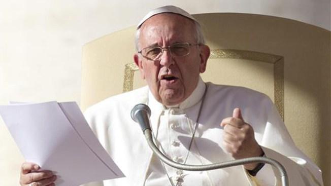 Papa reza por los migrantes explotados