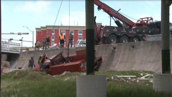 Accidente en Galveston deja 2 víctimas