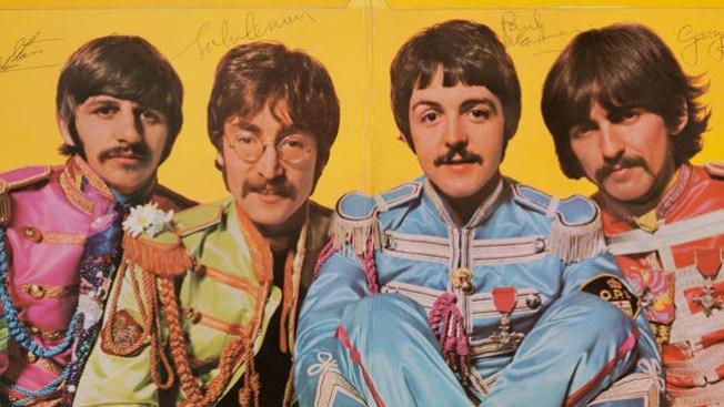 Subasta de Los Beatles alcanza $110,500