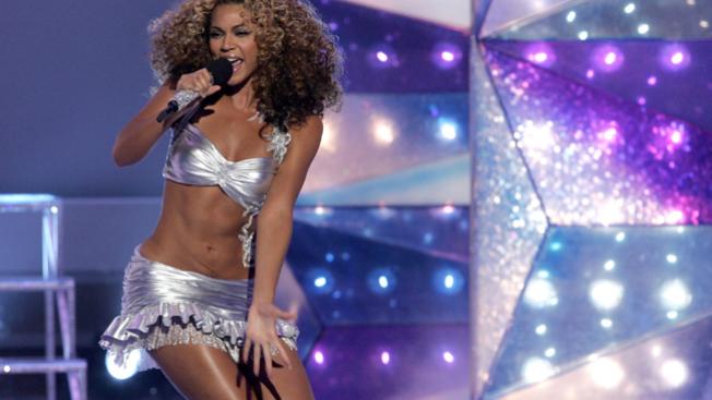 Beyonce arrasa en concierto en Brasil