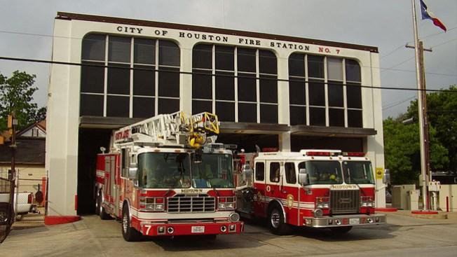 Unión de bomberos demandó a la ciudad