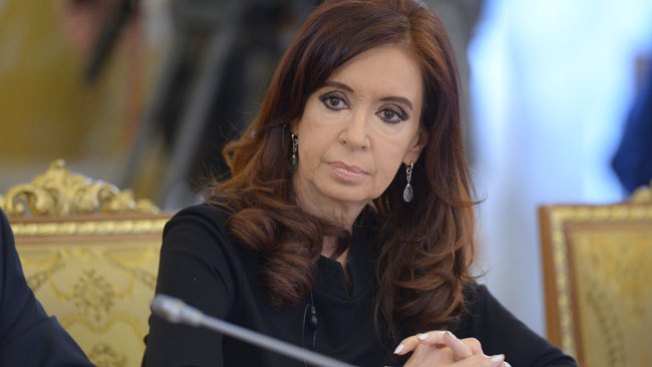 Cristina Fernández sigue internada