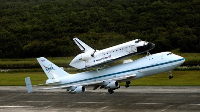 Endeavour se despide de Houston