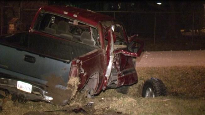 Mujer muere en accidente de camioneta