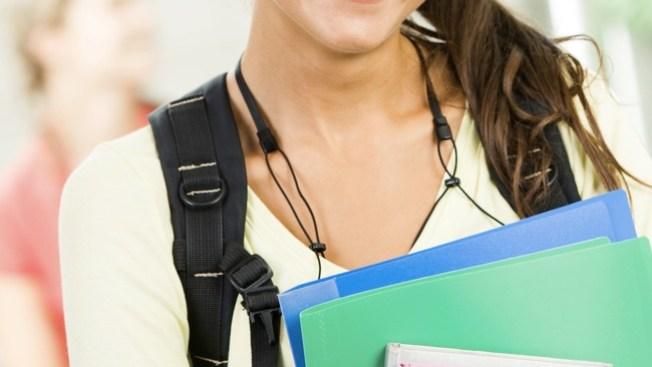 Estudian aumentos en matrículas universitarias