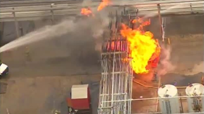 Explosión en planta de gas deja 2 heridos