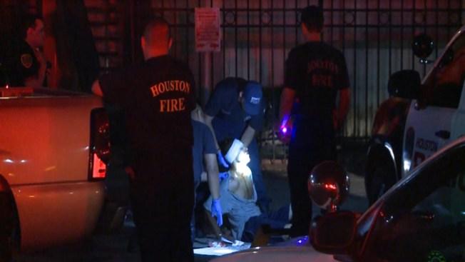 Oficial herido en disputa con sospechoso