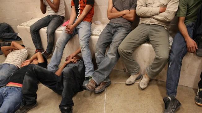 Piden acceso a abogados para migrantes