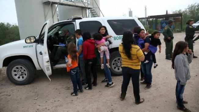 Abren banco de ayuda para inmigrantes