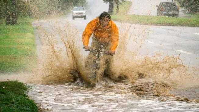 Inundaciones y apagones dejó la lluvia