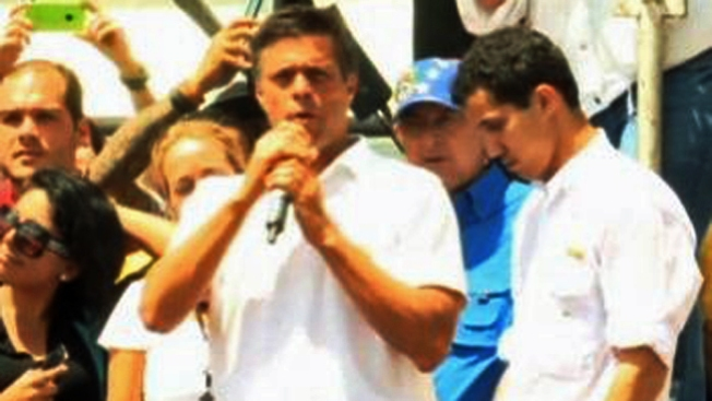 Venezuela: ordenan arresto de opositor