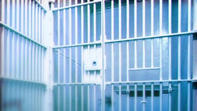 Muere inmigrante bajo custodia del ICE