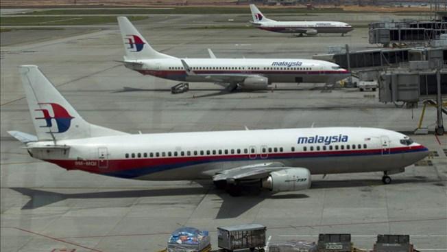Avión: copiloto colaba chicas en cabina