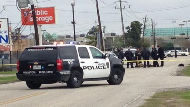 Oficial mata a sospechoso de robo