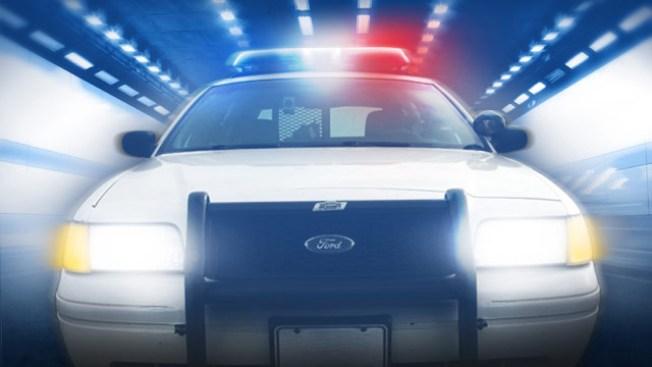 Un arrestado en robo a autos de policía