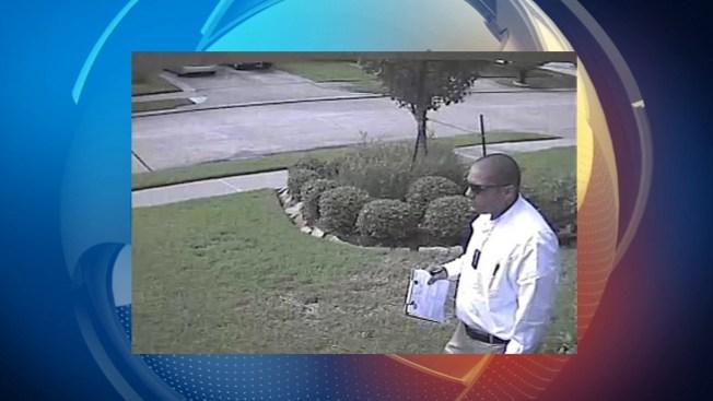 Ofrecen $5,000 por sospechosos de robo