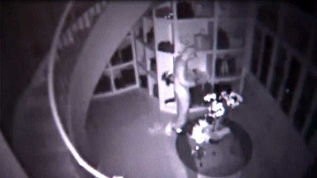En video, el ladrón del clóset millonario