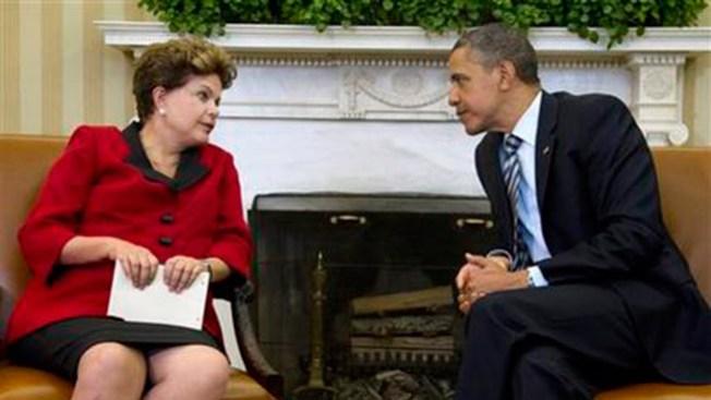 Por espionaje Rousseff no viaja a EEUU