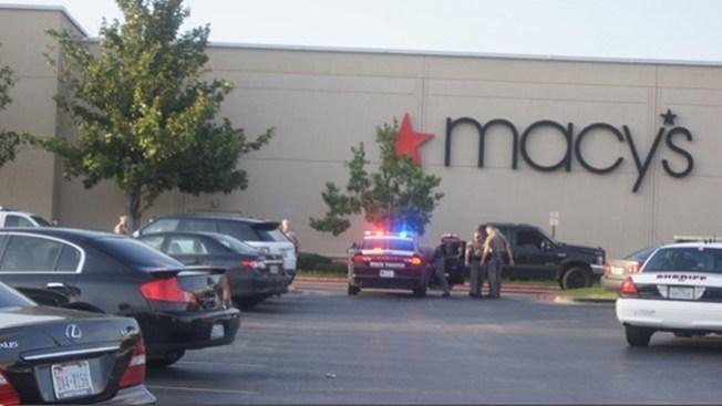 Pánico y captura en The Woodlands Mall